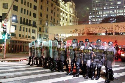 l43-brasile-proteste-polizia-130620131552_medium