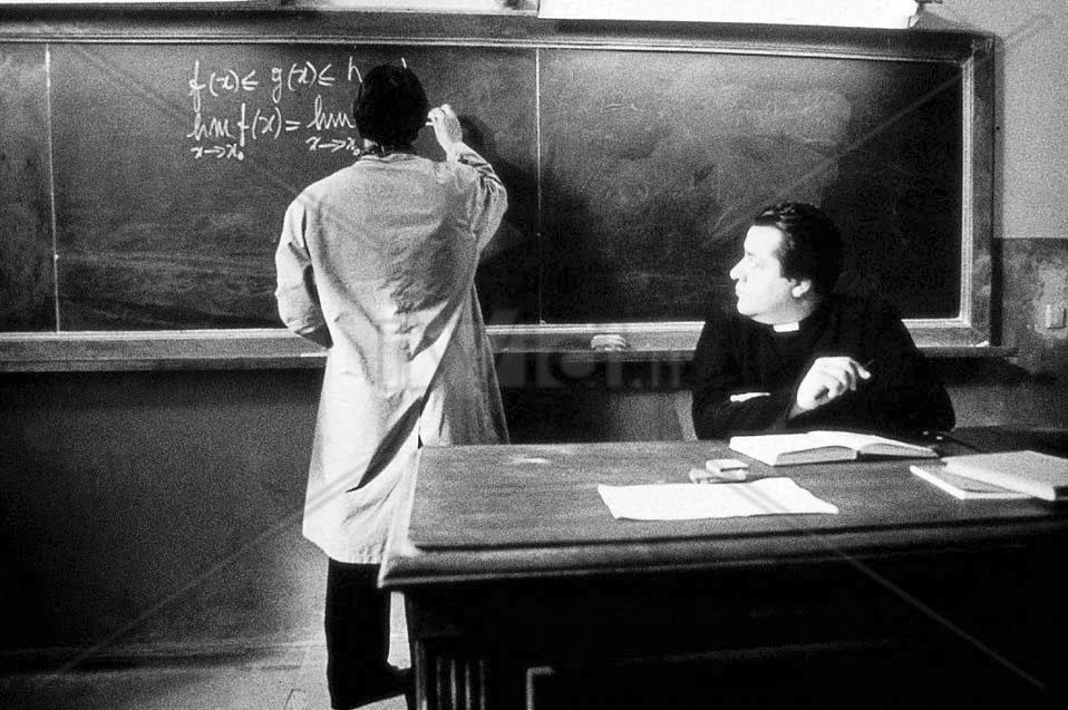 morte_di_un_matematico_napoletano_carlo_cecchi_mario_martone