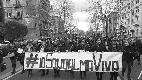 PALERMO 17.02.2016 - CORTEO DI PROTESTA OPERATORI CALLA CENTER ALMAVIVA. © STUDIO CAMERA/FRANCO LANNINO